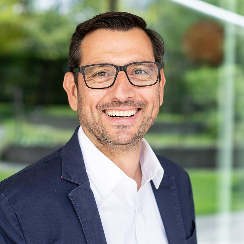 Jörg Ehtreiber, Geschäftsführer und Intendant